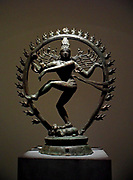 Siva Natarâja, 'King of the dance' 11th century, Chola dynasty (850-1100 A.D)Technic/Material : bronze, sculpture from Tamil Nadu India