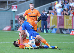 Eben Etzebeth of the Stormars tussles with Lodewyk de Jager of the Cheetahs during the Super Rugby match between the DHL Stormers and the Toyota Cheetahs held at DHL Newlands rugby stadium in Newlands, Cape Town, South Africa on the 28th May 2016<br /> <br /> Photo by: Ron Gaunt / SPORTZPICS