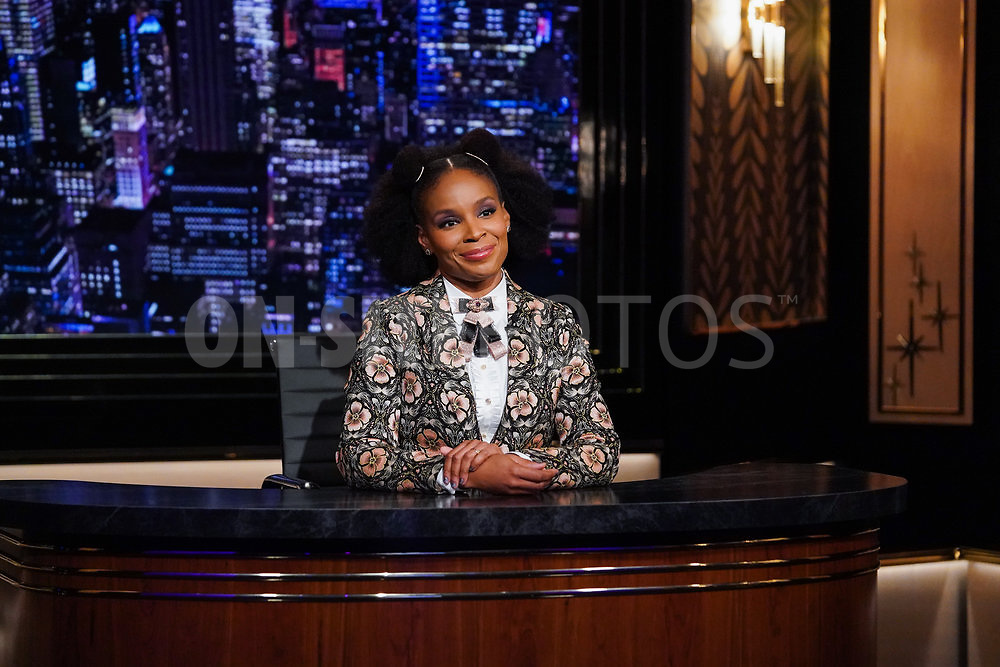 """THE AMBER RUFFIN SHOW -- """"October 8, 2021"""" Episode 201 -- Pictured: Amber Ruffin -- (Photo by: Heidi Gutman/Peacock)"""