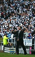 Photo: Andrew Unwin.<br /> Newcastle United v Portsmouth. The Barclays Premiership. 26/11/2006.<br /> Newcastle's Glenn Roeder.