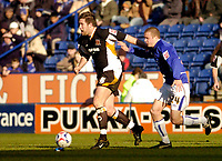 Photo: Leigh Quinnell.<br /> Leicester City v Hull FC. Coca Cola Championship. 04/03/2006. Hulls Jon Parkin pushes Leicesters Patrik Gerrbrand away.