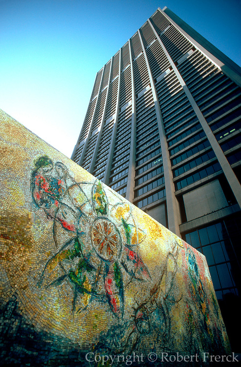 CHICAGO, SCULPTURE 'Four Season's' mosaic by Marc Chagall, in the First National Bank Plaza in 'Loop'