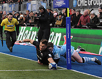 Rugby Union - 2018 / 2019 European Rugby Champions Cup - Pool Three: Saracens vs. Glasgow Warriors<br /> <br /> Alex Lewington dives over only to have his try disallowed, at Allianz Park.<br /> <br /> COLORSPORT/ANDREW COWIE