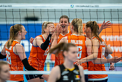 Britt Bongaerts of Netherlands, Anne Buijs of Netherlands in action during the Women's friendly match between Netherlands and Belgium at Sporthal De Basis on may 19, 2021 in Sliedrecht, Netherlands (Photo by RHF Agency/Ronald Hoogendoorn)