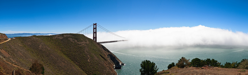 Golden Gate Bridge partially obscured by fog