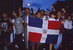 Riots in Washington Heights, over police shooting, New York, 07/07/1992