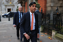 © Licensed to London News Pictures. 26/11/2020. London, UK. Chancellor Rishi Sunak at the BBC. The government forecasts that the UK economy will shrink 11.3 per cent this year as a result of the Coronavirus pandemic. Photo credit: Rob Pinney/LNP