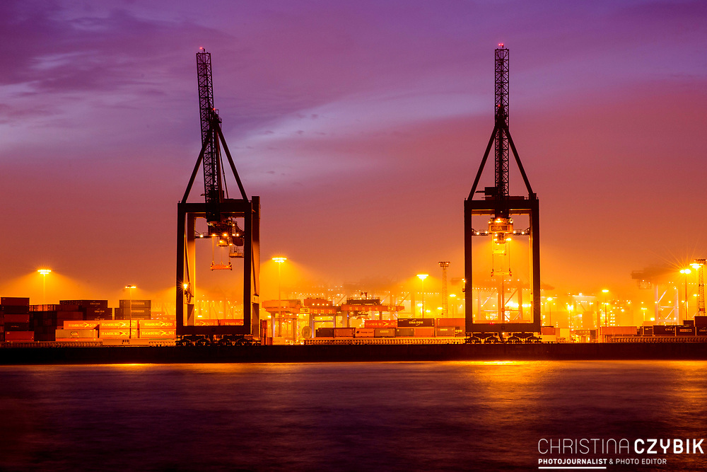 Foggy morning at the port in Hamburg, Germany