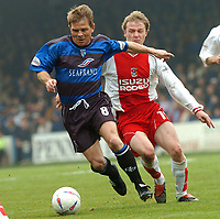 PICTURE HELEN BATT, DIGITALSPORT<br /> NORWAY ONLY<br /> <br /> GILLINGHAM VS COVENTRY<br /> GILLINGHAM'S ANDY HESSENTHALER  CHALLENGES WITH COVENTRY'S GARY MCSHEFFREY ,1ST MAY 2004.