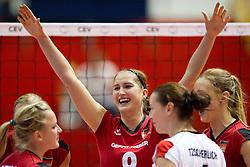 25.09.2011, Hala Pionir, Belgrad, SRB, Europameisterschaft Volleyball Frauen, Vorrunde Pool A, Deutschland (GER) vs. Frankreich (FRA), im Bild Jubel Deutschland - Corina Ssuschke-Voigt (#9 GER / Sopot POL) // during the 2011 CEV European Championship, First round at Hala Pionir, Belgrade, SRB, Germany vs France, 2011-09-25. EXPA Pictures © 2011, PhotoCredit: EXPA/ nph/  Kurth       ****** out of GER / CRO  / BEL ******