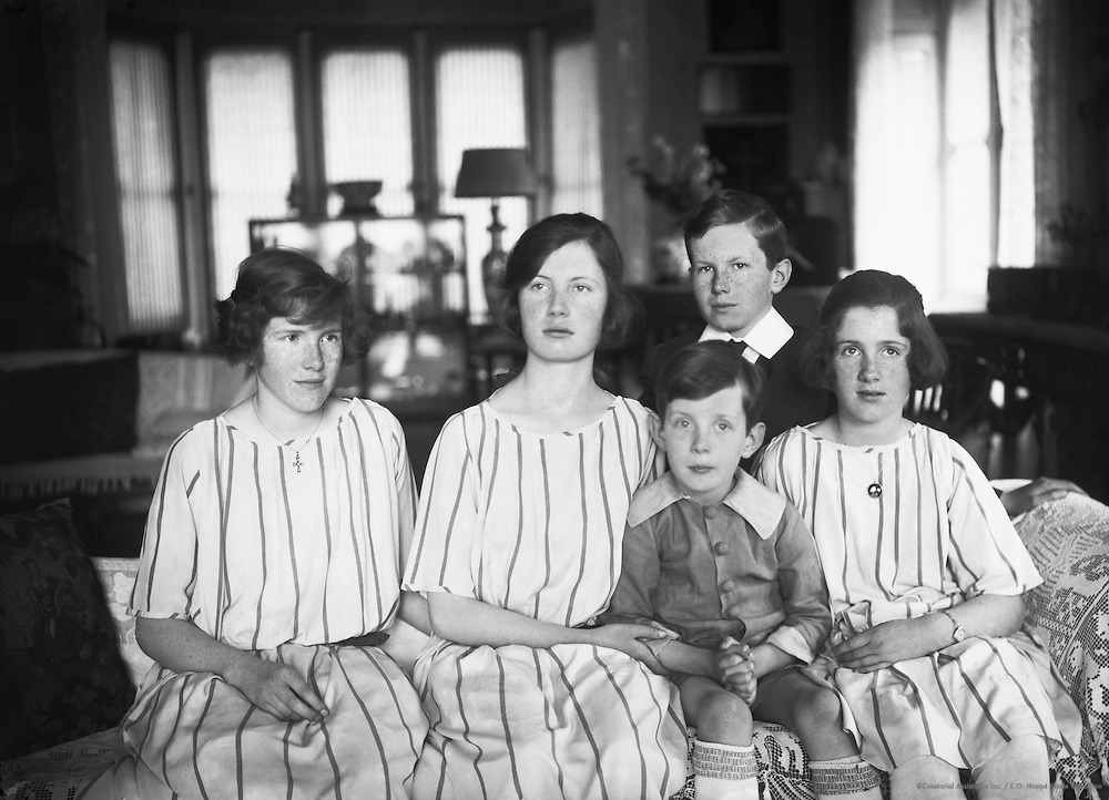 Lawrence, Lady & Children, 1925
