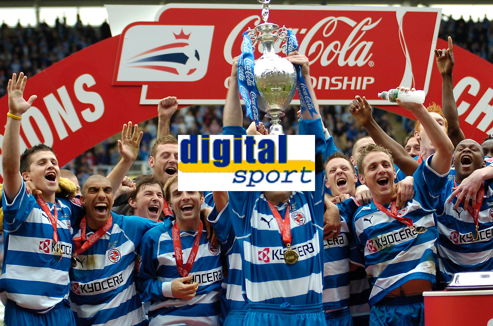 Photo: Ed Godden.<br /> Reading v Queens Park Rangers. Coca Cola Championship. 30/04/2006. Reading players celebrate winning the Championship trophy.