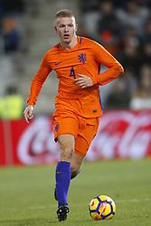 Rick van Drongelen of Jong Oranje during the EURO U21 2017 qualifying match between Netherlands U21 and Andorra U21 at the Vijverberg stadium on November 10, 2017 in Doetinchem, The Netherlands