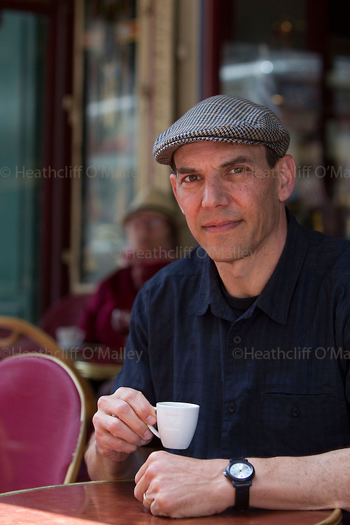 """Dow0031888 . Daily Telegraph..Features..Former Google employee Douglas Edwards author of """"I'm Feeling Lucky, The Confessions of Google Employee Number 59"""" photographed in Paris. ..27 May 2011 Paris"""