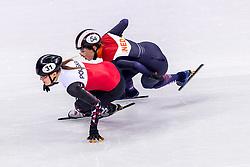 22-02-2018 KOR: Olympic Games day 13, PyeongChang<br /> Short Track Speedskating / Lara Van Ruijven of the Netherlands, Magdalena Warakomska of Poland