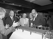 24/08/1984<br /> 08/24/1984<br /> 24 August 1984<br /> Opening of ROSC '84 at the Guinness Store House, Dublin. Mr Pat Murphy ROSC Chairman, gives a description of this representation of the Last Supper to (l-r): President Patrick Hillery; Minister of State for Arts and Culture Ted Nealon; Michael Scott and Lord Iveagh.