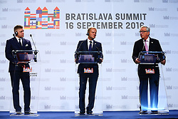 BRATISLAVA, Sept. 17, 2016 (Xinhua) -- (L-R) Slovak Prime Minister Robert Fico, European Council President Donald Tusk and European Commission President Jean-Claude Juncker hold a press conference after an informal European Union (EU) summit in Bratislava, Slovakia, Sept. 16, 2016. EU members on Friday issued a joint declaration, formulating a road map for the bloc to tackle challenges, said Slovak Prime Minister Robert Fico. (Xinhua/Gong Bing) (wtc) (Credit Image: © Gong Bing/Xinhua via ZUMA Wire)