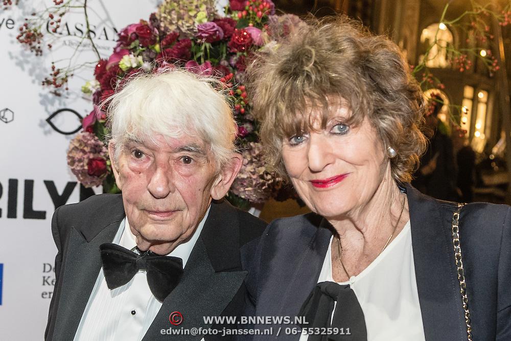 NLD/Amsterdam/20160929 - VIP opening 90 Jaar Marilyn, Aat Veldhoen en partner Hedy d'Ancona