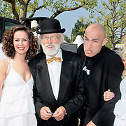 NLD/Amsterdam/20110430 - Koninginnedagconcert Radio 538, vader Abraham, de Mosselman en de Engelen