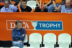18-09-2011 VOLLEYBAL: DELA TROPHY NEDERLAND - TURKIJE: ALMERE<br /> Nederland wint met 3-0 van Turkije en wint hierdoor de DELA Trophy / Peter Vergouwen<br /> ©2011-FotoHoogendoorn.nl