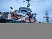 Gdynia, (woj. pomorskie) 15.08.2014. ORP Błyskawica - okręt muzeum zakotwiczony przy Nabrzeżu Pomorskim w Gdyni.