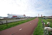 Vuurtoren het oude hoge licht bij Hoek van Holland, Zuid-Holland. Ontworpen door A.C. van Loo.  - Lighthouse designed by A.C. van Loo at Hoek van Holland, Netherlands