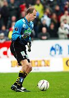 Keeper Per Morten Kristiansen, Moss. Fotball: Moss - Sogndal. Tippeligaen 2002. Melløs, Moss. 14. april 2002. (Foto: Peter Tubaas/Digitalsport)