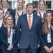 20171025 Koning ontvangt Vrouwen Elftal 2017