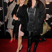 NLD/Amsterdam/20120217 - Premiere Saturday Night Fever, Terushka Bollen - van Tijn en vriendin