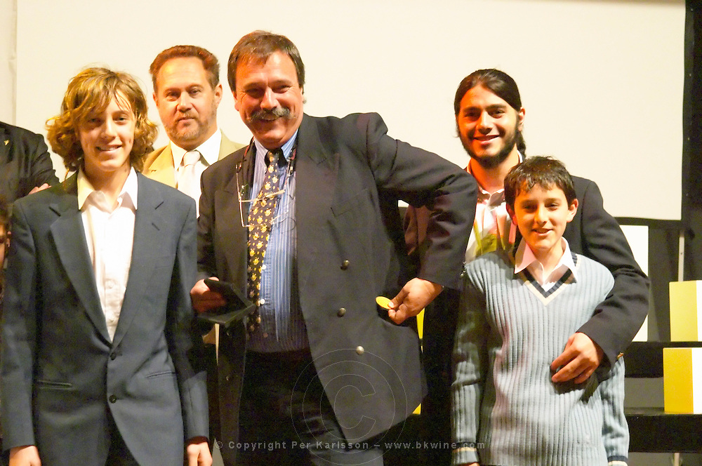 The Pisano family pocketing the Uruguay Cata d'Or prize medals Catad'Or of Uruguay, Montevideo, Uruguay, South America Bodega Pisano Winery, Progreso, Uruguay, South America