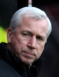 """West Bromwich Albion manager Alan Pardew during the Premier League match at the Vitality Stadium, Bournemouth. PRESS ASSOCIATION Photo. Picture date: Saturday March 17, 2018. See PA story SOCCER Bournemouth. Photo credit should read: Mark Kerton/PA Wire. RESTRICTIONS: EDITORIAL USE ONLY No use with unauthorised audio, video, data, fixture lists, club/league logos or """"live"""" services. Online in-match use limited to 75 images, no video emulation. No use in betting, games or single club/league/player publications."""