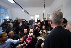 06.11.2017, Pilz´s Büro, Wien, AUT, Erneute Erklärung von Peter Pilz nach seinem Rücktritt vom Samstag. Pilz hatte letzten Samstag angekündigt, wegen Anschuldigungen der sexuellen Belästigung, sein NR-Mandat nicht anzunehmen, im Bild Peter Pilz // during statement of Peter Pilz, former member of the green party, due to the accusations of sexual harassment in Vienna, Austria on 2017/11/06, EXPA Pictures © 2017, PhotoCredit: EXPA/ Michael Gruber