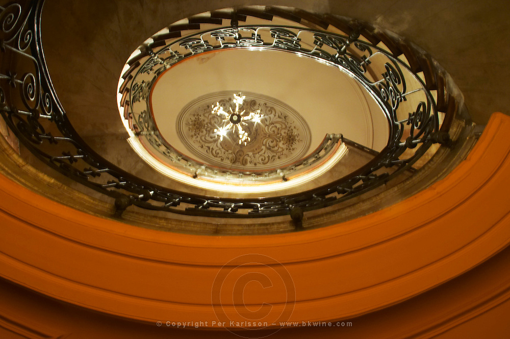 In the restaurant Number 75 in Avignon, the oval shaped stair case staircase. Avignon, Vaucluse, Provence, Alpes Cote d Azur, France, Europe