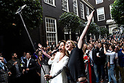 Talkies Terras Award 2016 in Hotel The Dylan, Amsterdam.<br /> <br /> Op de foto:  Kristina Bozilovic en Nance Coolen doen de grootste Selfie