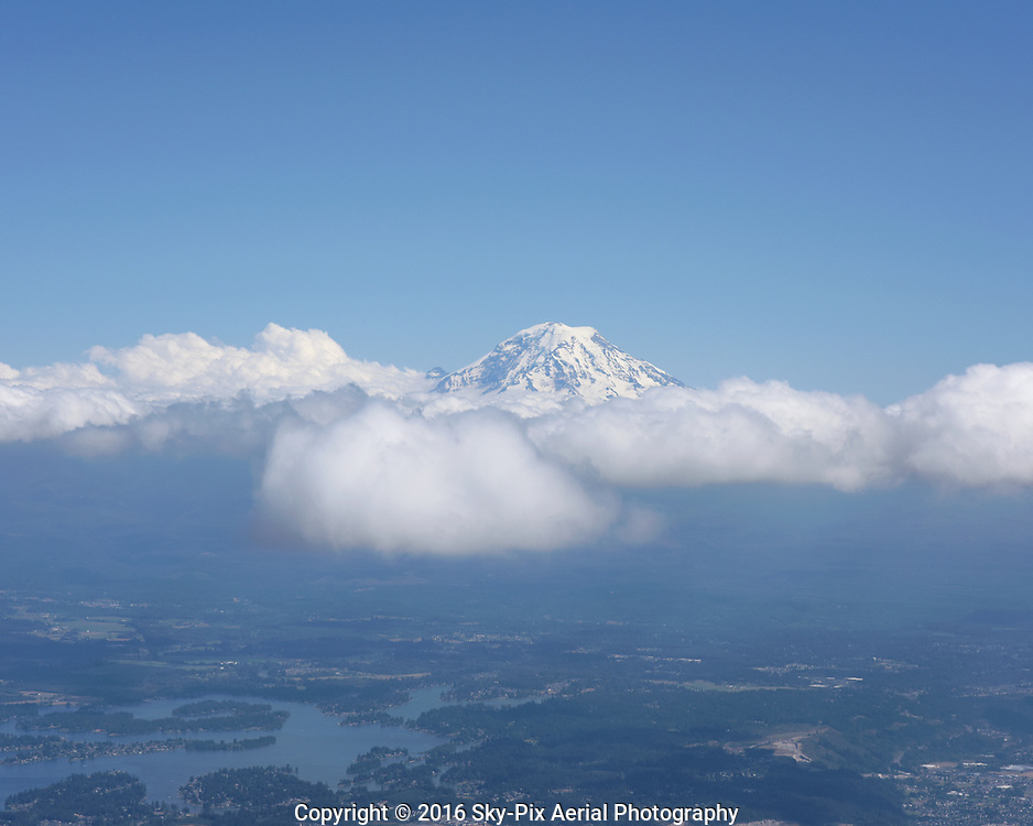 Mount Rainier and clouds