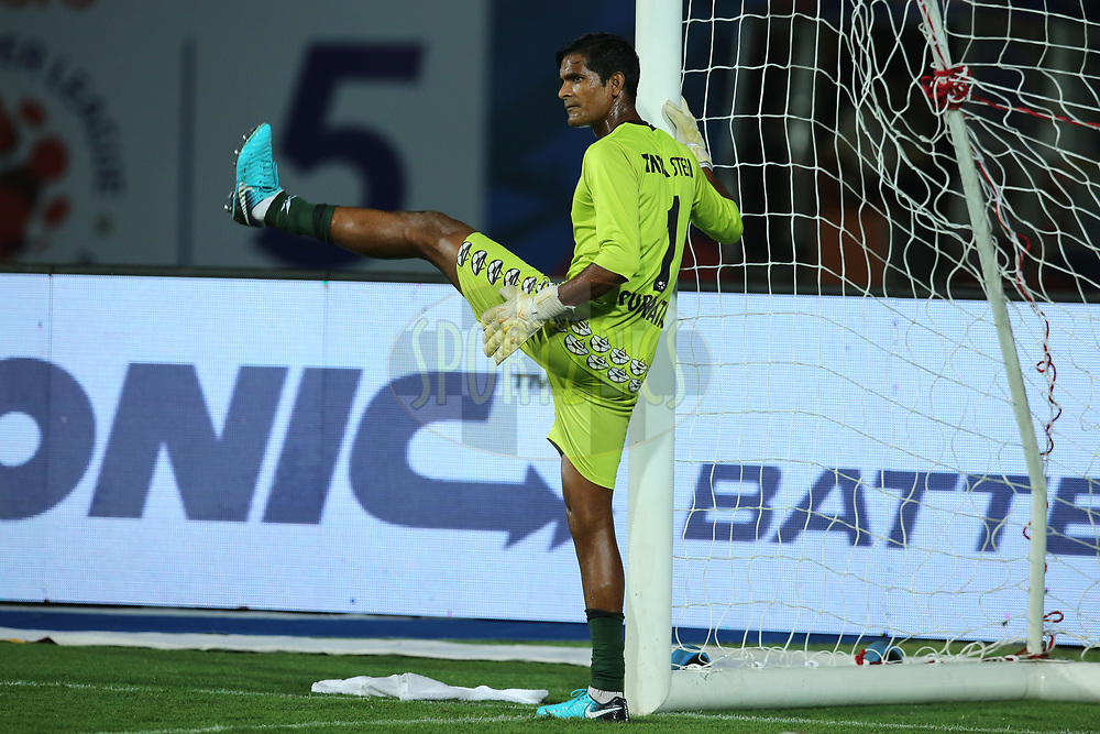 Subrata Paul Goalkeeper of Jamshedpur FC during the warmup session before the start of the match 25 of the Hero Indian Super League 2018 ( ISL ) between Jamshedpur FC and FC Goa held at JRD Tata Sports Complex, Jamshedpur, India on the 1st November  2018<br /> <br /> Photo by: Deepak Malik /SPORTZPICS for ISL