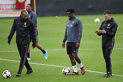 October 2, 2017 - Tubize, Belgique - Michy Batshuayi forward of Belgium talking to Thierry Henry ass. coach of Belgian Team and Richard Evans physical coach of Belgian Team (Credit Image: © Panoramic via ZUMA Press)