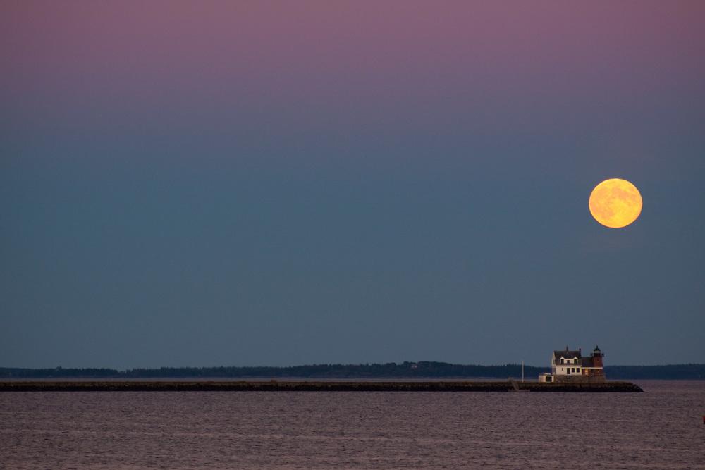 Moonrise, Rockland Breakwater Light House