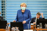 07 OCT 2020, BERLIN/GERMANY:<br /> Angela Merkel, CDU, Bundeskanzlerin, mit Mund-Nase-Maske, vor Beginn der Kabinettsitzung, Internationaler Konferenzsaal, Bundeskanzleramt<br /> IMAGE: 20201007-01-034<br /> KEYWORDS: Sitzung, Kabinett, Corona, Maske, Covid-19, Pandemie,