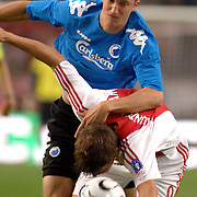 NLD/Amsterdam/20060823 - Ajax - FC Kopenhagen, overtreding op Klaas Jan Huntelaar