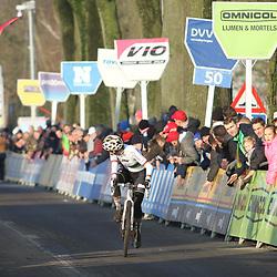 27-12-2019: Wielrennen: DVV veldrijden: Loenhout:Sanne Cant