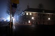 Hermitage Amsterdam in de avondmist / Hermitage Amsterdam in the evening mist