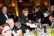 ANNE robinson AUTOGRAPHING BOOKS, Man Booker prize 2011. Guildhall. London. 18 October 2011. <br /> <br />  , -DO NOT ARCHIVE-© Copyright Photograph by Dafydd Jones. 248 Clapham Rd. London SW9 0PZ. Tel 0207 820 0771. www.dafjones.com.