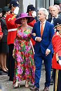 Koning Willem-Alexander en koningin Maxima tijdens Prinsjesdag. De koning zal hier de troonrede voorlezen aan leden van de Eerste en Tweede Kamer.<br /> <br /> King Willem-Alexander and Queen Maxima during Prinsjesdag. The king will read the speech to the members of the First and Second Chamber here.<br /> <br /> Op de foto:  Geert Wilders en Fleur Agema