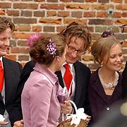 NLD/Naarden/20051022 - Huwelijk prins Floris en Aimee Söhngen, prins Pieter Christiaan, prins Bernhard Jr. en prinses Annet Sekreve, prinses Caroline