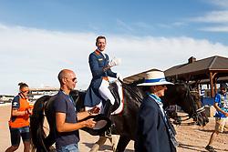 Gal Edward, NED, Glock's Zonik, Minderhoud Hans-Peter (NED) <br /> Tryon - FEI World Equestrian Games™ 2018<br /> Backgroundbilder vom Abreiteplatz<br /> Grand Prix de Dressage Teamwertung und Einzelqualifikation<br /> 13. September 2018<br /> © www.sportfotos-lafrentz.de/Sharon Vandeput