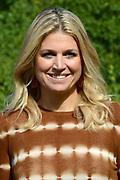 Koninklijke fotosessie 2012 in Wassenaar.<br /> <br /> Op de foto:  Prinses Máxima