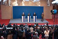 12 NOV 2003, BERLIN/GERMANY:<br /> Edmund Stoiber (L), CSU, Ministerpraesidnet Bayern, Angela Merkel (M), CDU Bundesvorsitzende, und Guido Westerwelle (R), FDP Bundesvorsitzender,  und Medienvertreter, waehrend einer Pressekonferenz zu dem vorangegangenen  Spitzentrfffen von Politiker der CDU/CSU und der FDP, axica Kongress- und Tagungszentrum<br /> IMAGE: 20031112-01-028<br /> KEYWORDS: Opposition, Spitzengespraech, Journalist, Journalisten, Kamera, Camera,