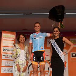 30-08-2016: Wielrennen: Ladies Tour: Tiel      <br /> TIEL (NED) wielrennen    <br /> De Boels Ladies Tour begon met een etappe door de Betuwe<br /> DIDERIKSEN Amalie (Boels Dolmans Cyclingteam) leidster jongeren klassement