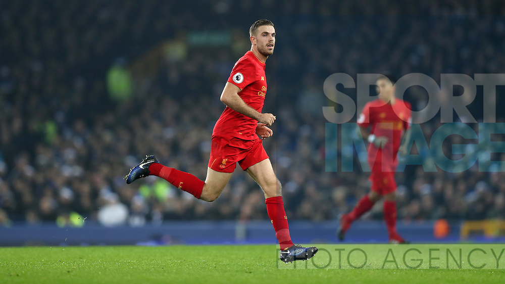 Jordan Henderson of Liverpool during the English Premier League match at Goodison Park, Liverpool. Picture date: December 19th, 2016. Photo credit should read: Lynne Cameron/Sportimage